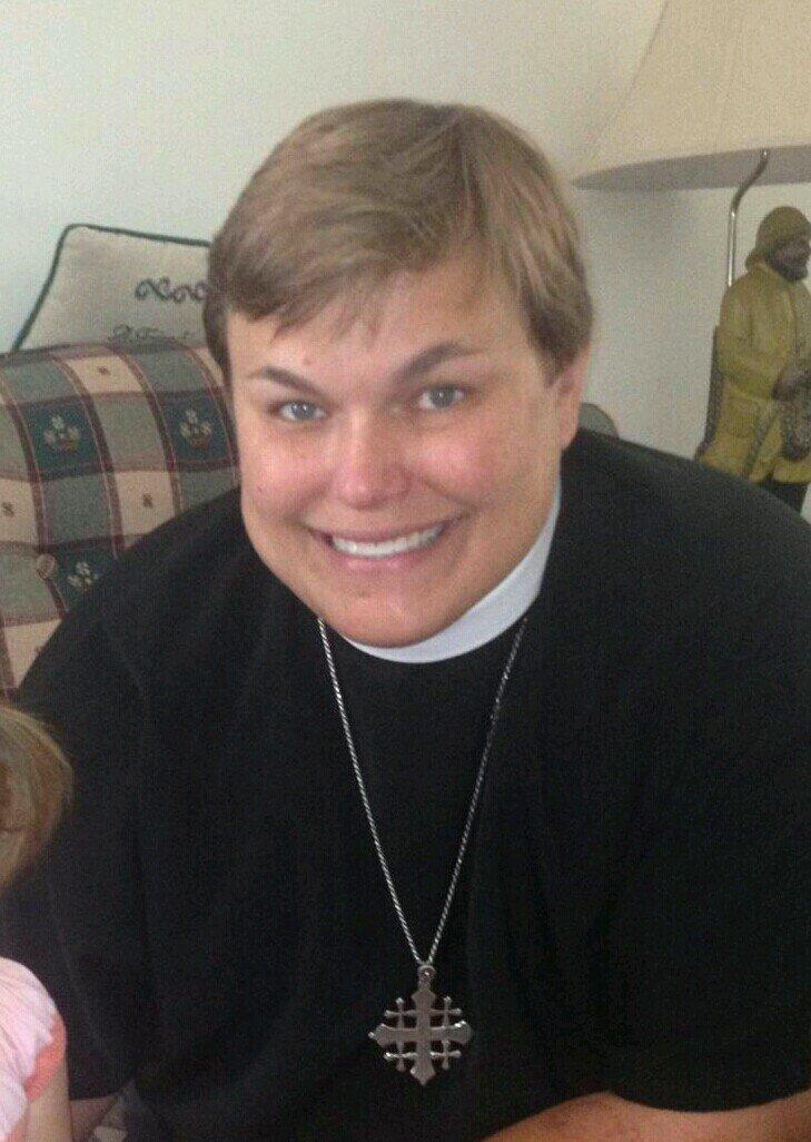 Rev mantelle bradley