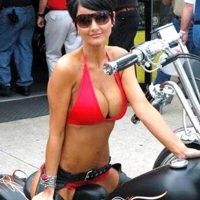 Hot babe nude biker girls