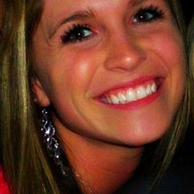 Lindsey Johnson Elledeejay24 Twitter