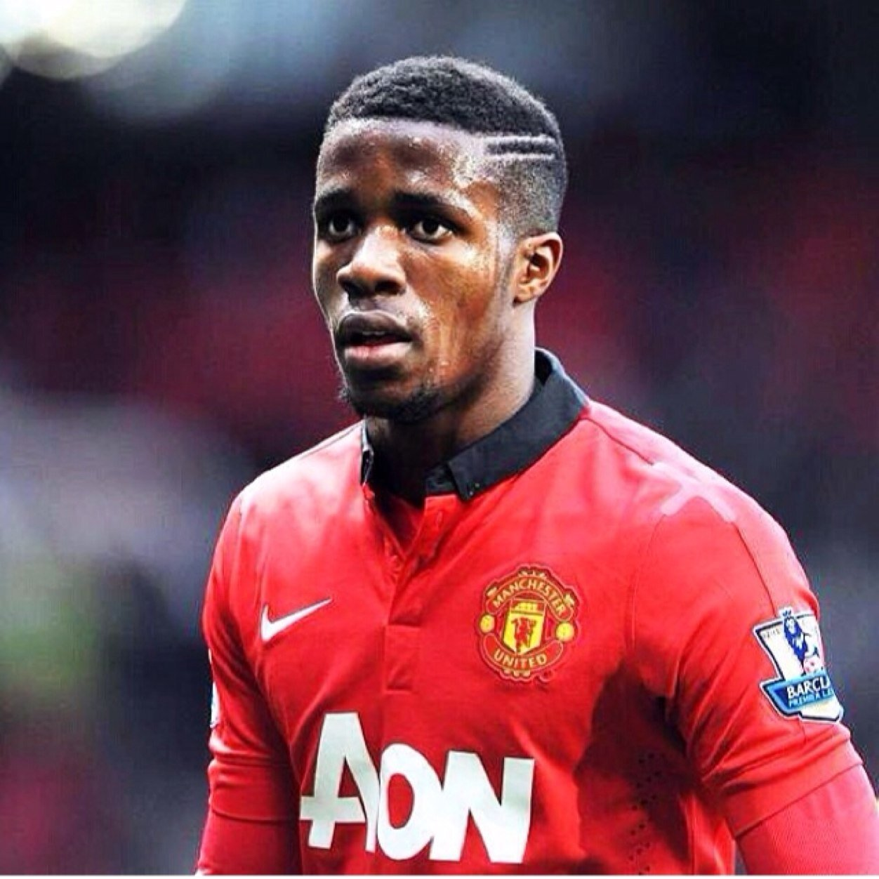 Manchester United winger Wilfried Zaha undergoing medical at Cardiff ahead of loan move [MEN]