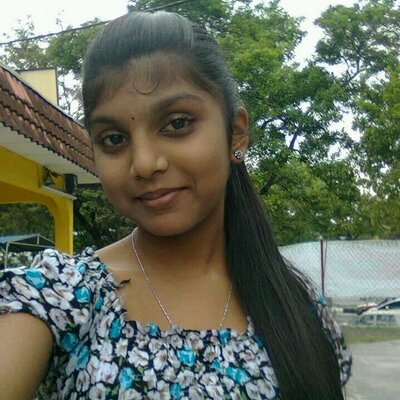 ramya on twitter indian tamil hot girl expose her nude