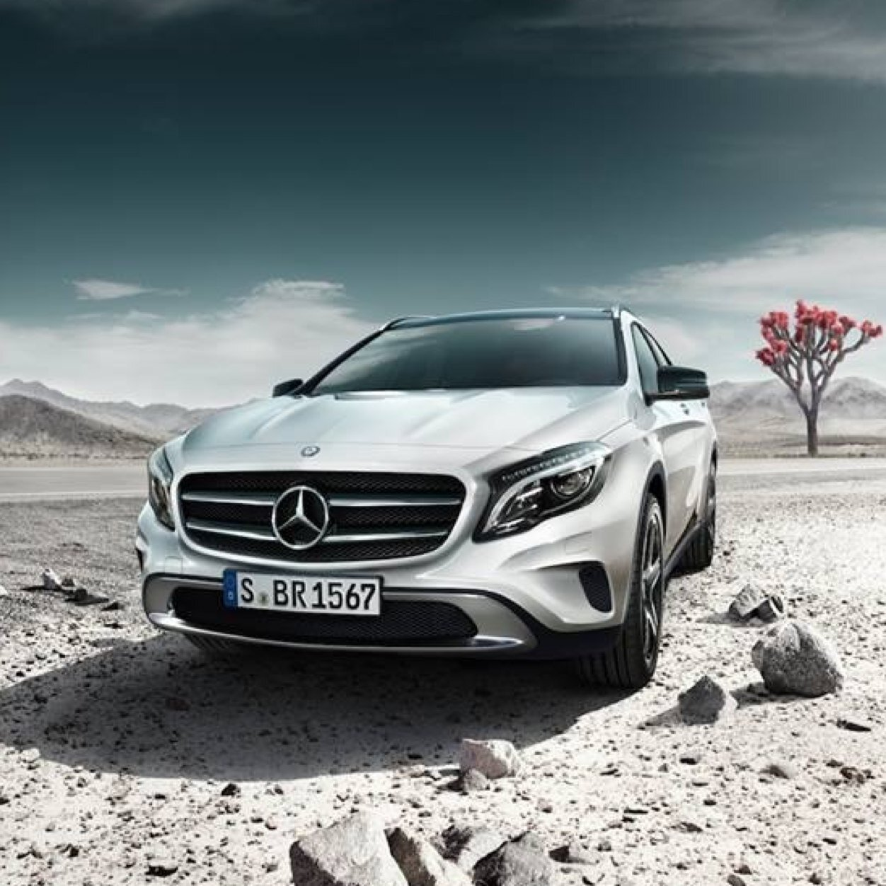Mercedes benz now mercedesnow twitter for Mercedes benz twitter