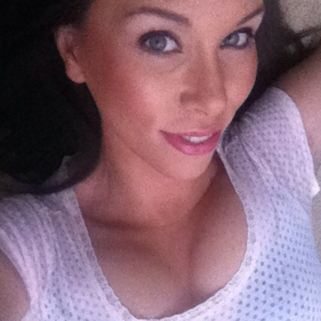 Ashley Price (@xoPricelessox)