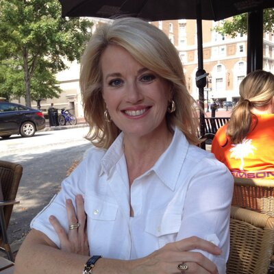 Jane Robelot (@TurboRobe) Twitter profile photo