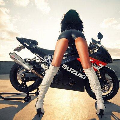фото попки на мотоцикле