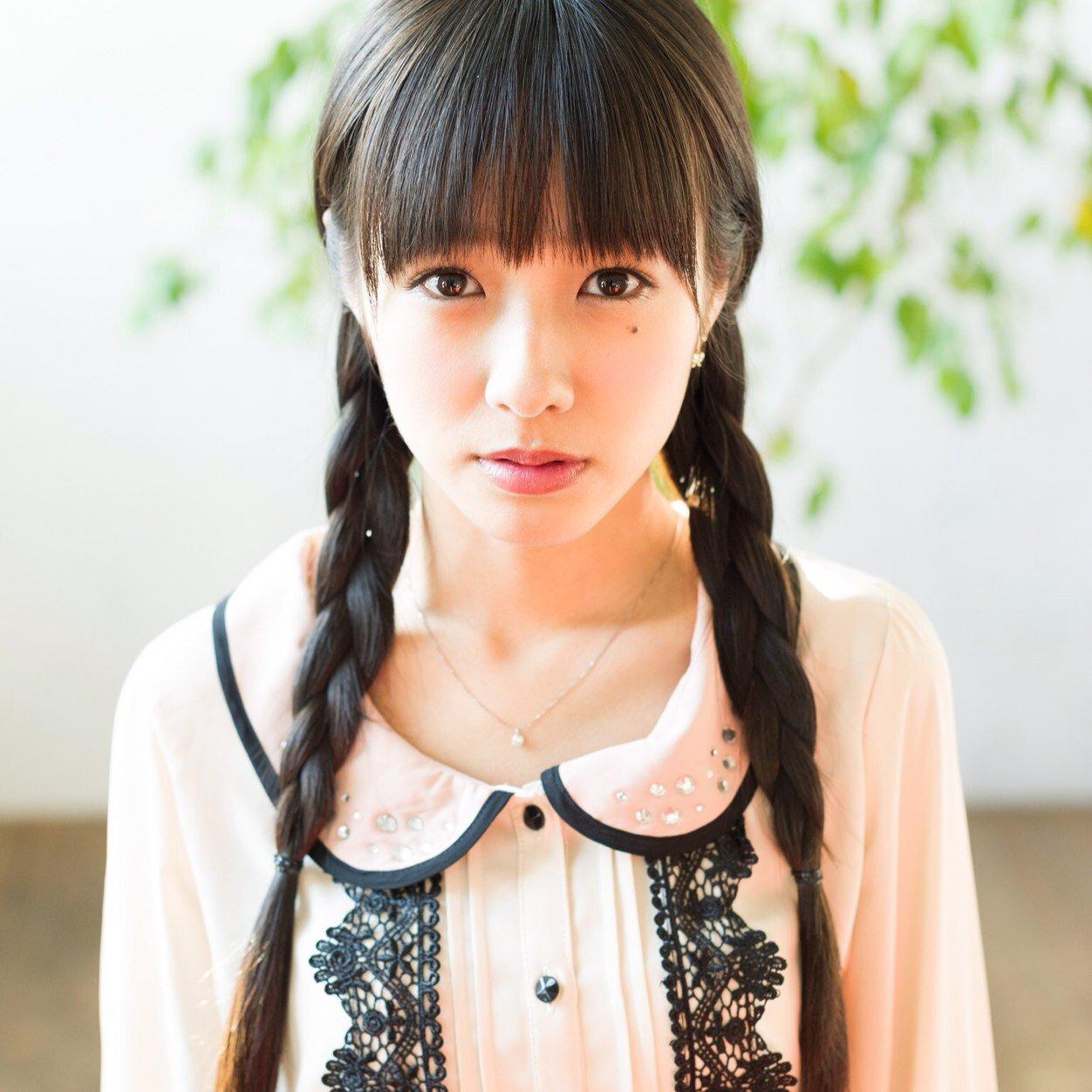 三つ編みの前田希美