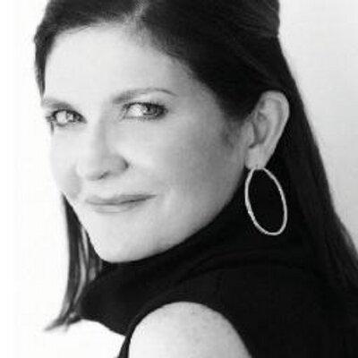 Janet O'Grady (@roving81611) Twitter profile photo