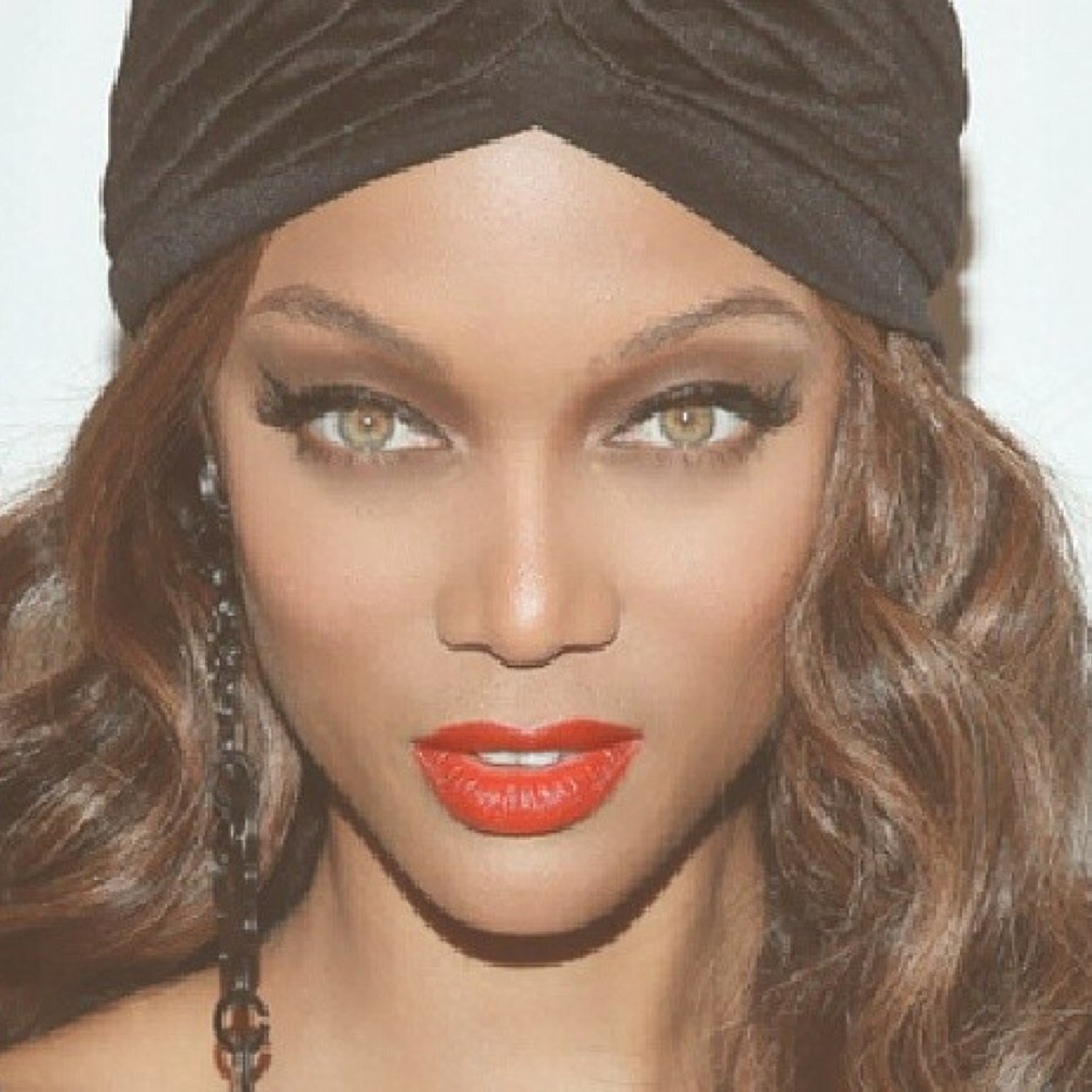 Tyra Banks On Glee: Fansite Photos, Videos, Contests
