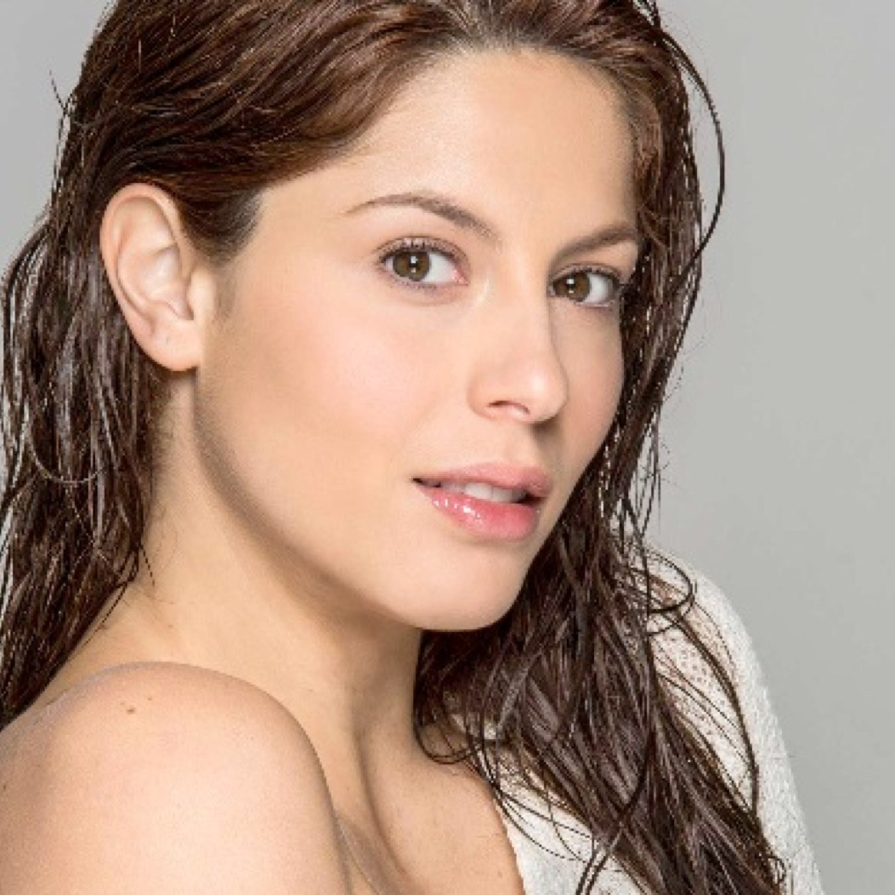 Claudia Troyo Nude Photos 16