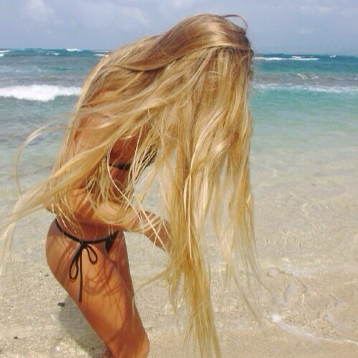 Blonde girls on beach apologise, but