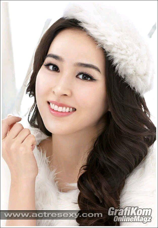 Hye-jin Han Nude Photos 13