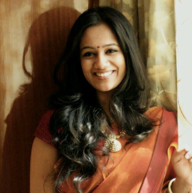 Spruha Joshi In Saree Veethi