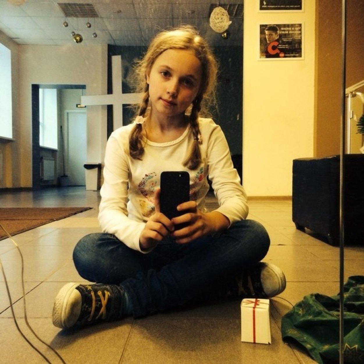 Арина соколова работа в англии для девушки