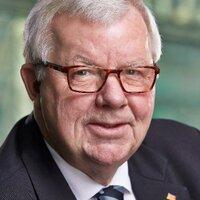 Dr. Michael Fuchs
