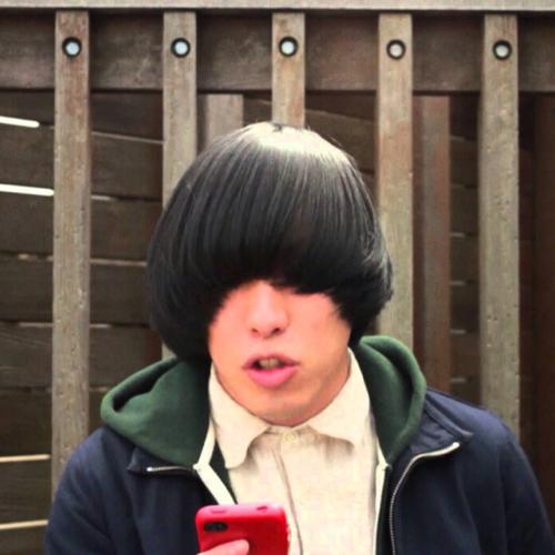 バンドマンのおしゃれな髪型bot