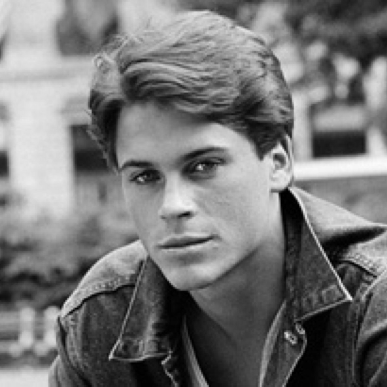 sodapop the outsiders Soda is movie-star kind of handsome, the kind that people stop on the street to watch go by sodapop's personality is easy-going and usually relaxed on the outside.