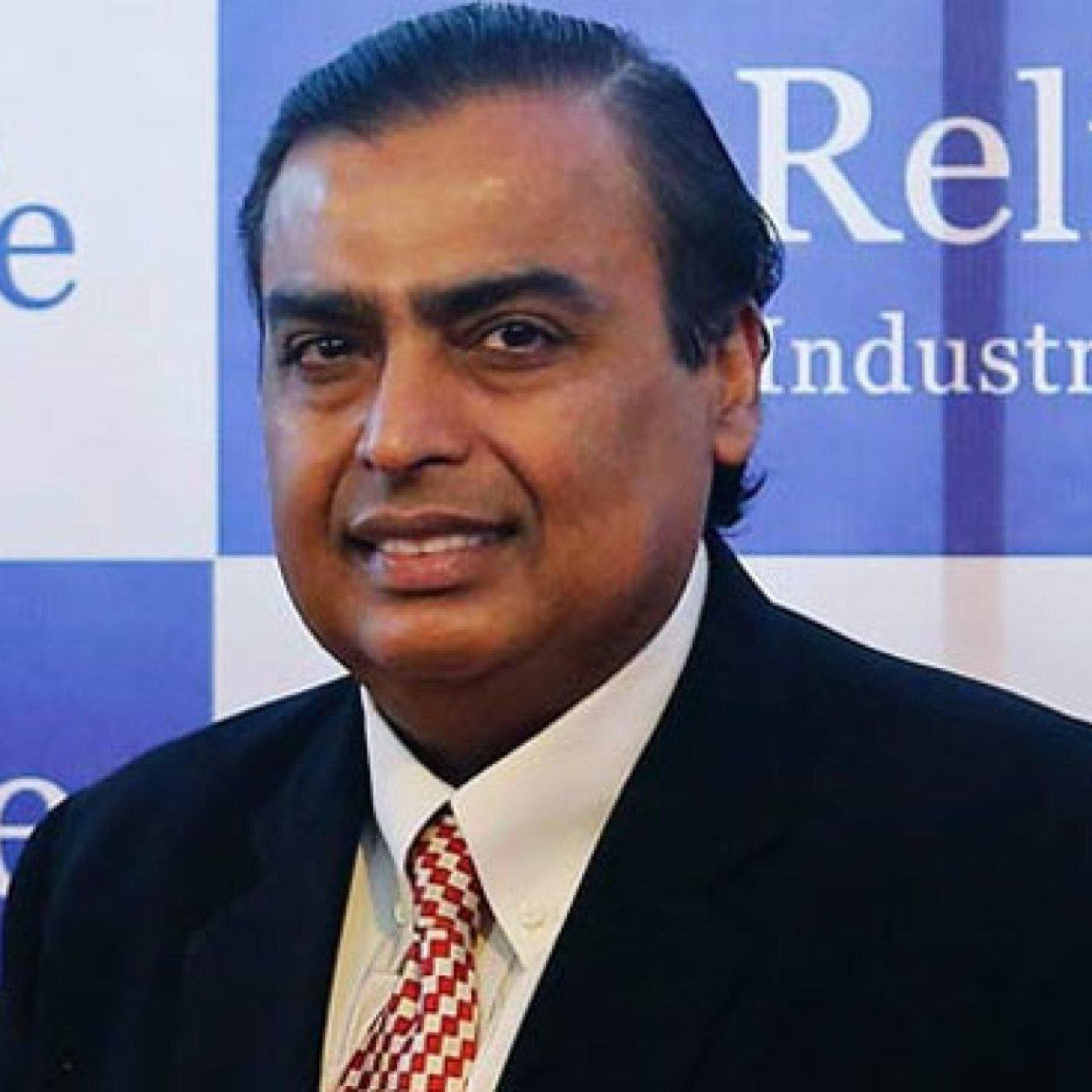The 60-year old son of father Dhirubhai Ambani  and mother Kokilaben Ambani, 176 cm tall Mukesh Ambani in 2017 photo