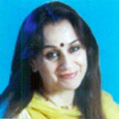 Nalini Singh Net Worth