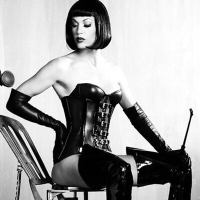 where to find a dominatrix