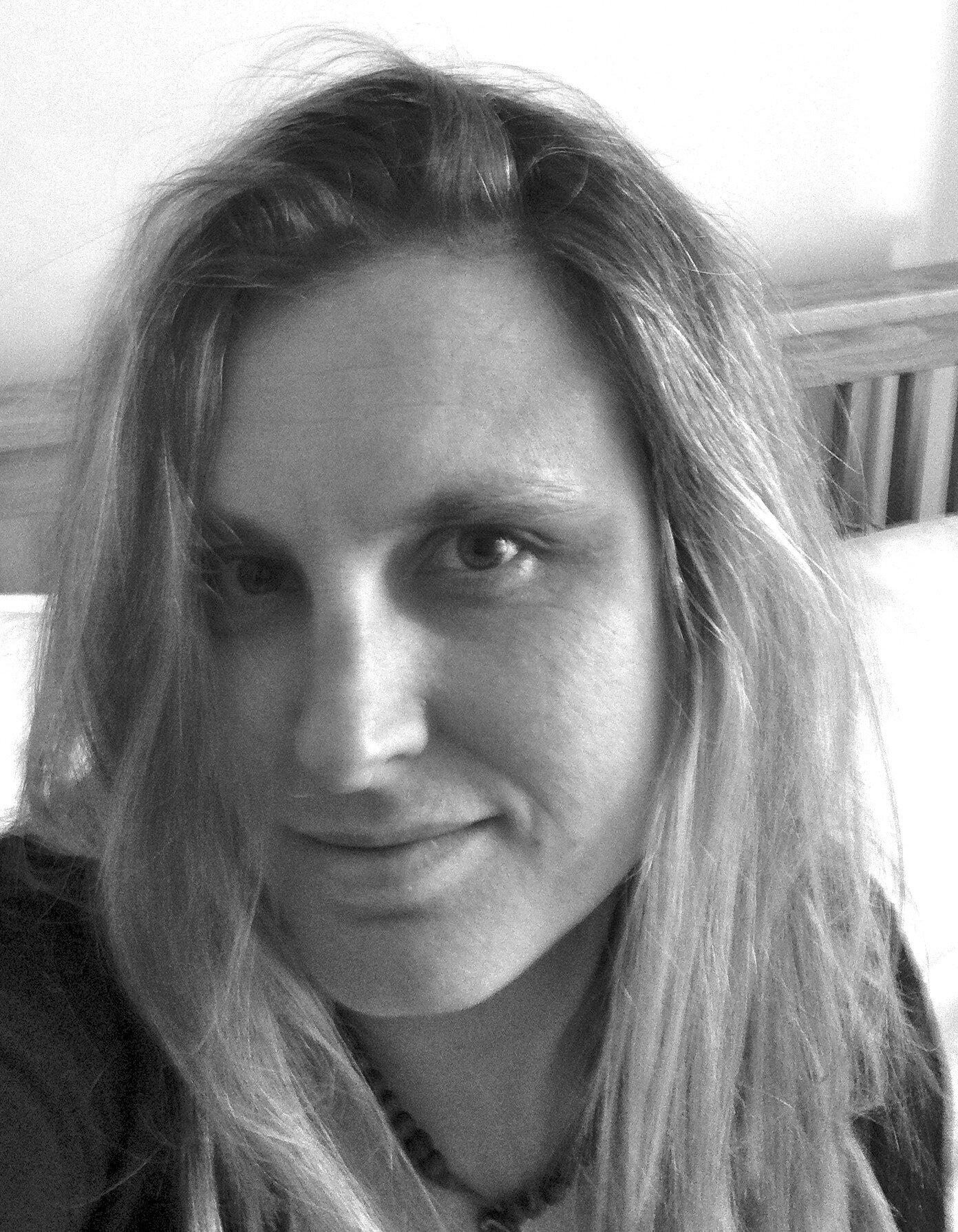 Communication on this topic: Olivia Colman, rana-azadivar/
