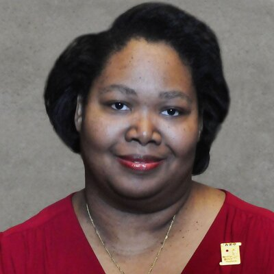 Monica Brewer (@rochbrew) Twitter profile photo