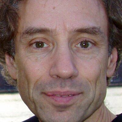 Daniel Schwartz on Muck Rack
