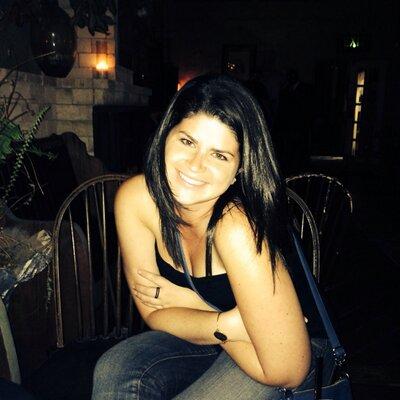 Rachael Field (@rwfield06) Twitter profile photo
