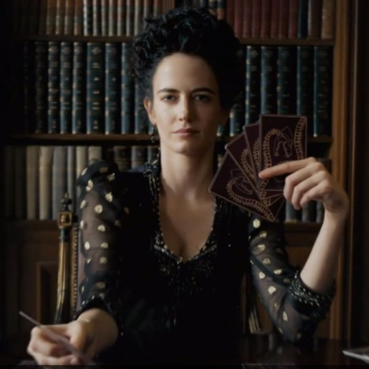 Vanessa ives vanessa ives twitter for The ives