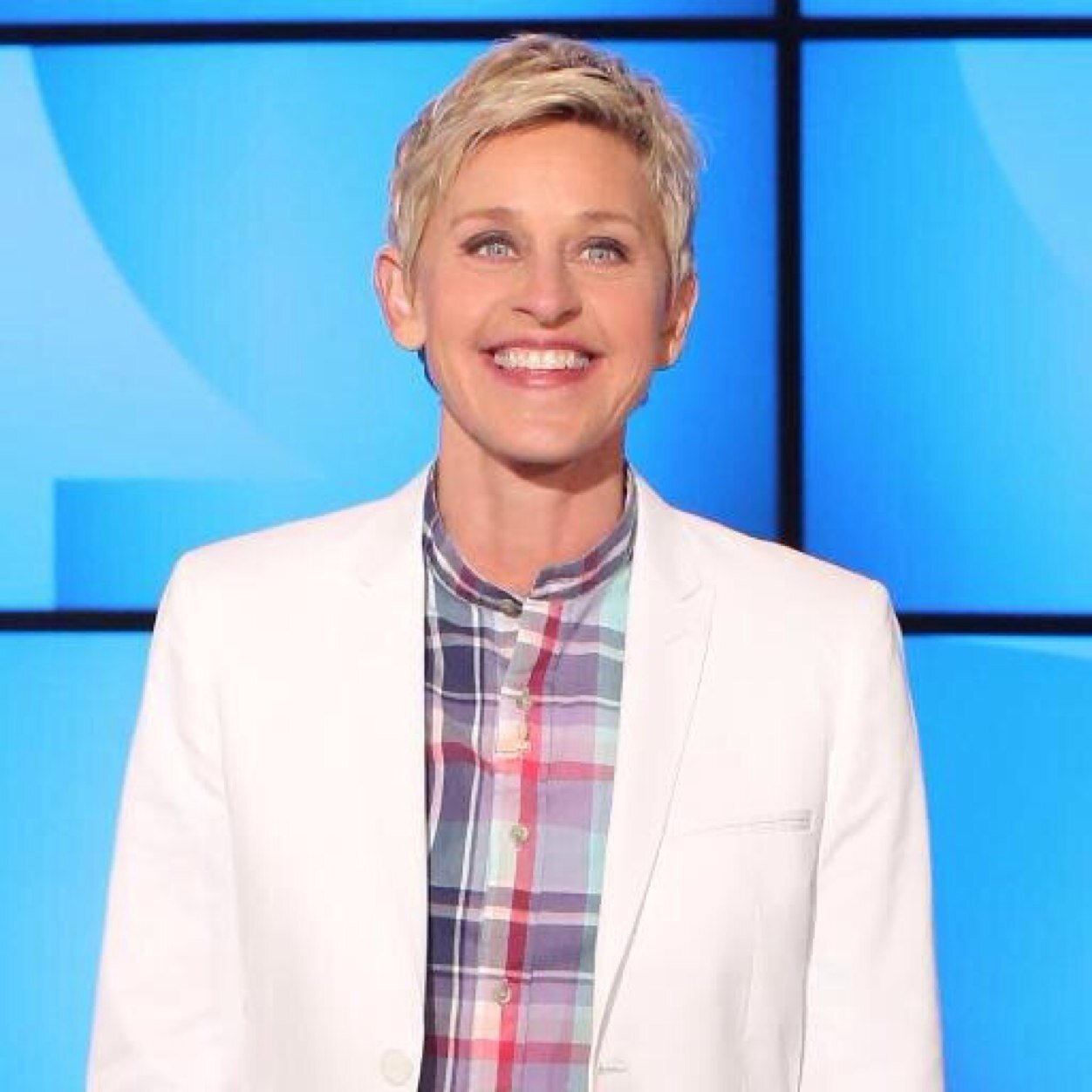 Ellen degeneres thellenshow twitter for How is ellen degeneres