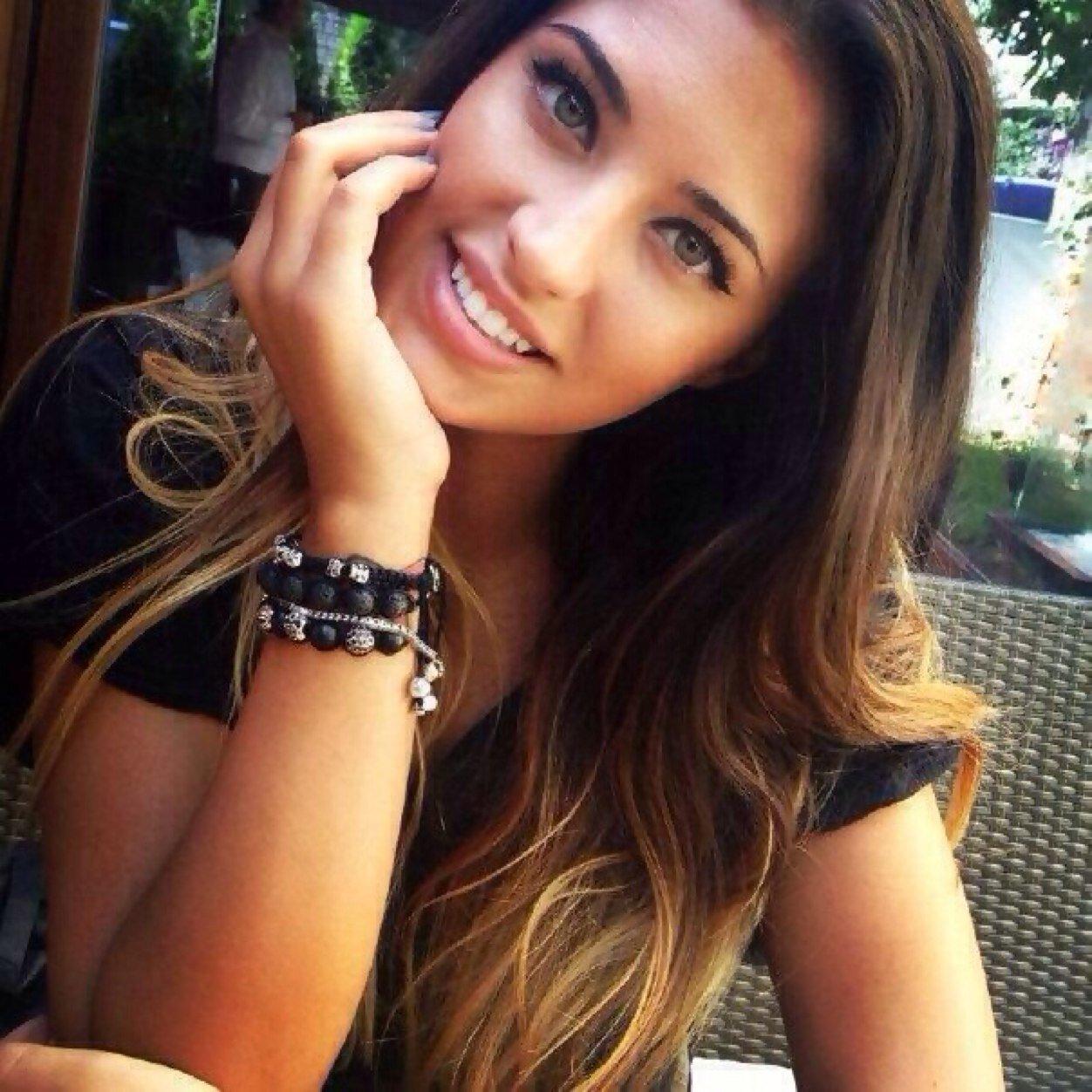 Rumania girl