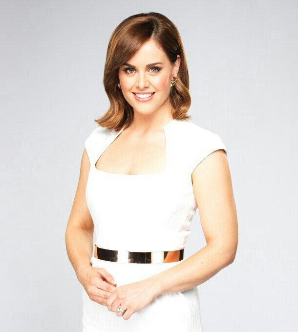 Kate Collins Net Worth