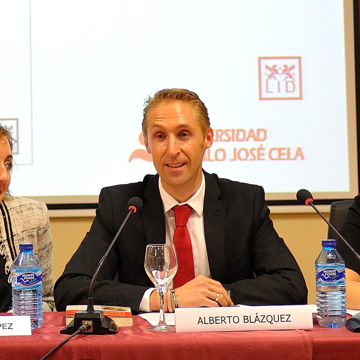 Dr. Alberto Blázquez