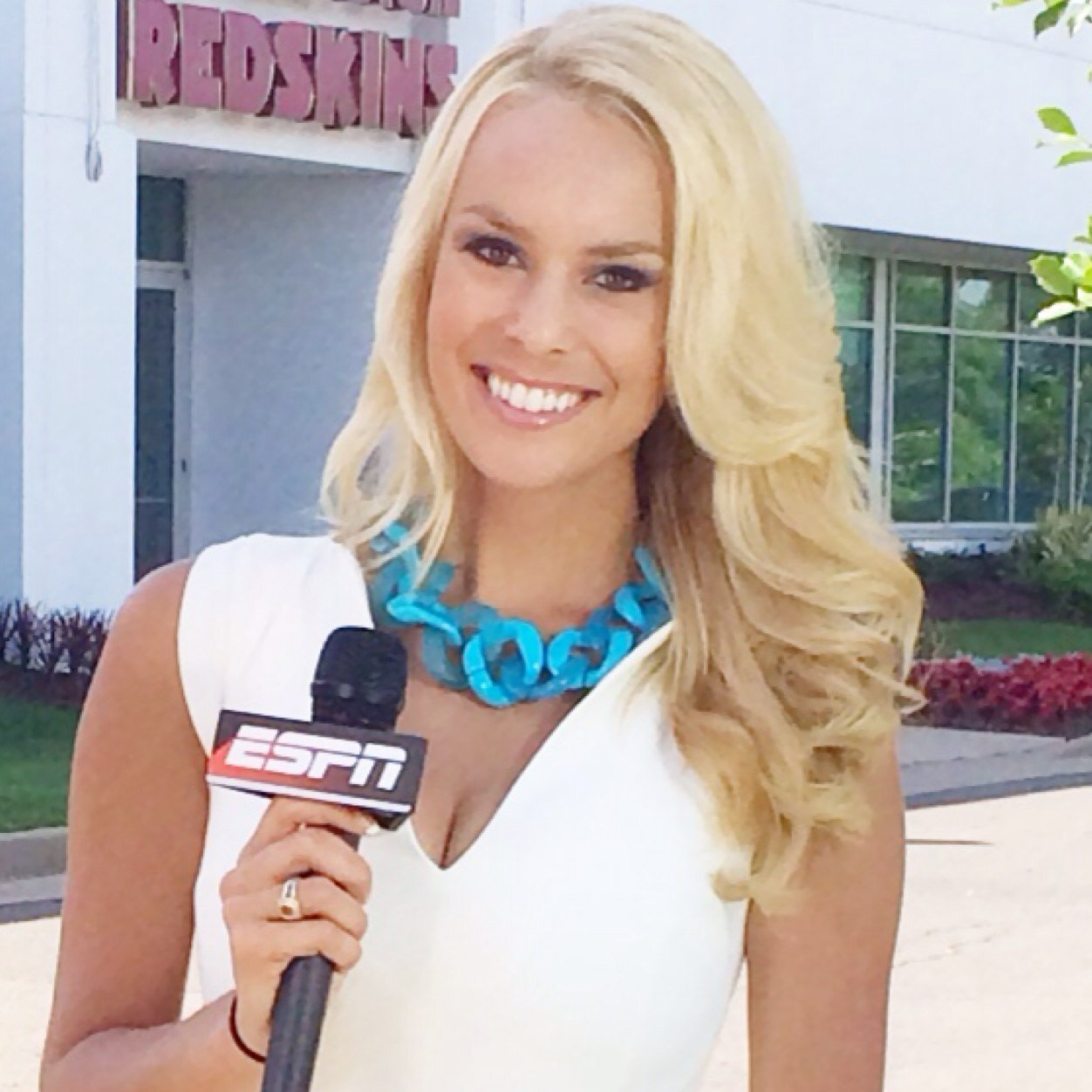 britt mchenry - photo #25