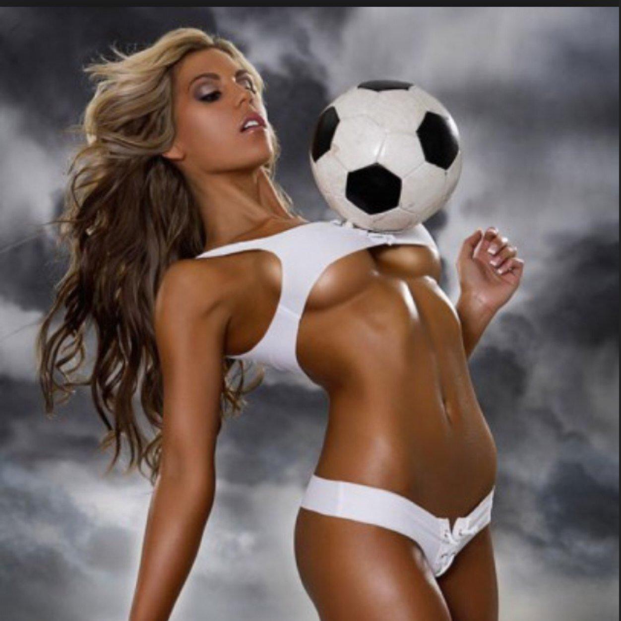 Football babes galleries 18
