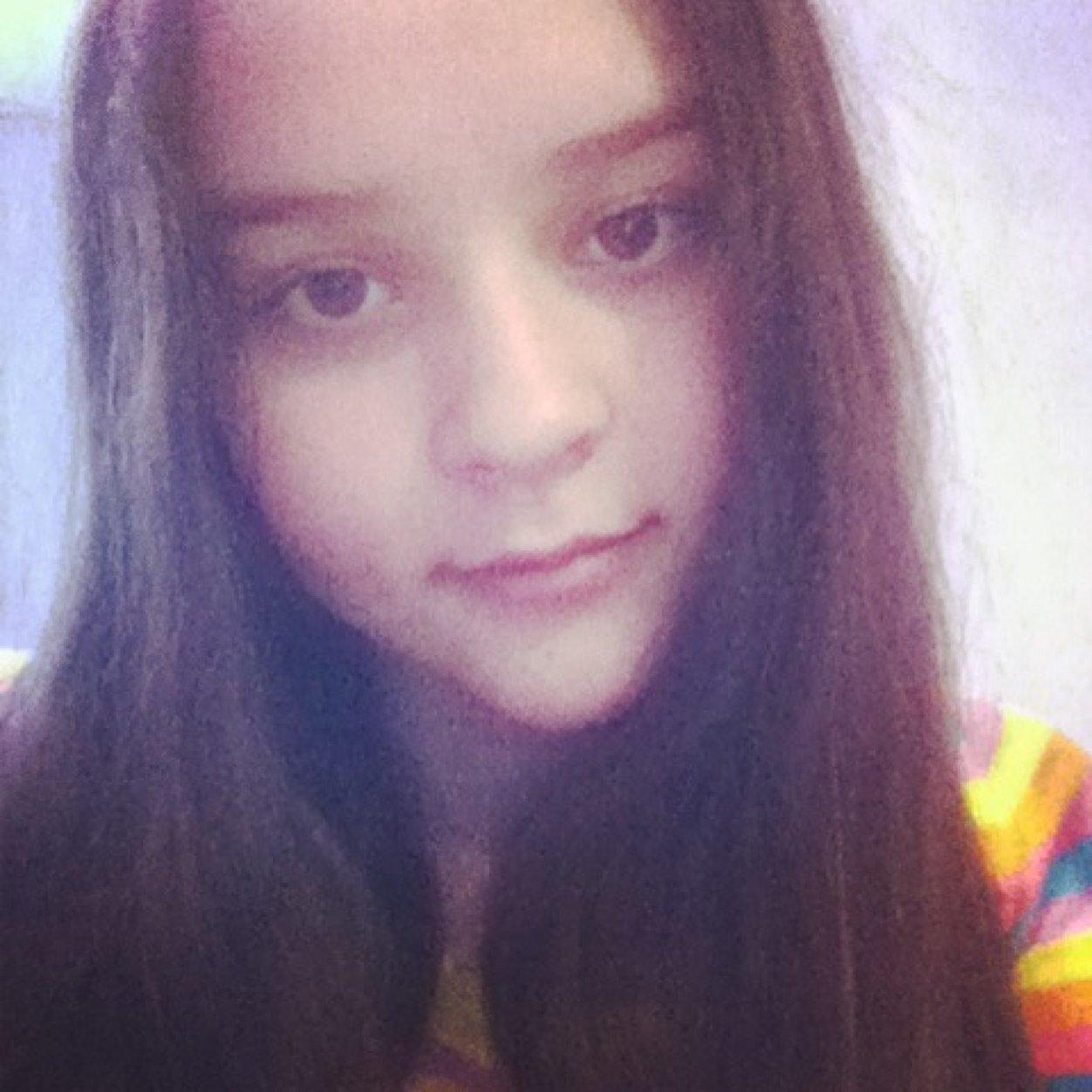 Катя юрченко фото девушек за домашней работой