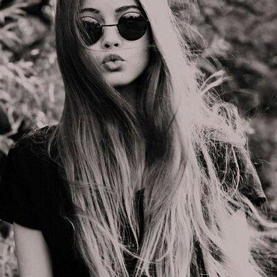 grey glasses Emily