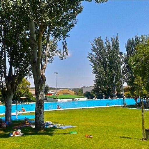 Piscina de montoro piscina montoro twitter for Piscina municipal cordoba