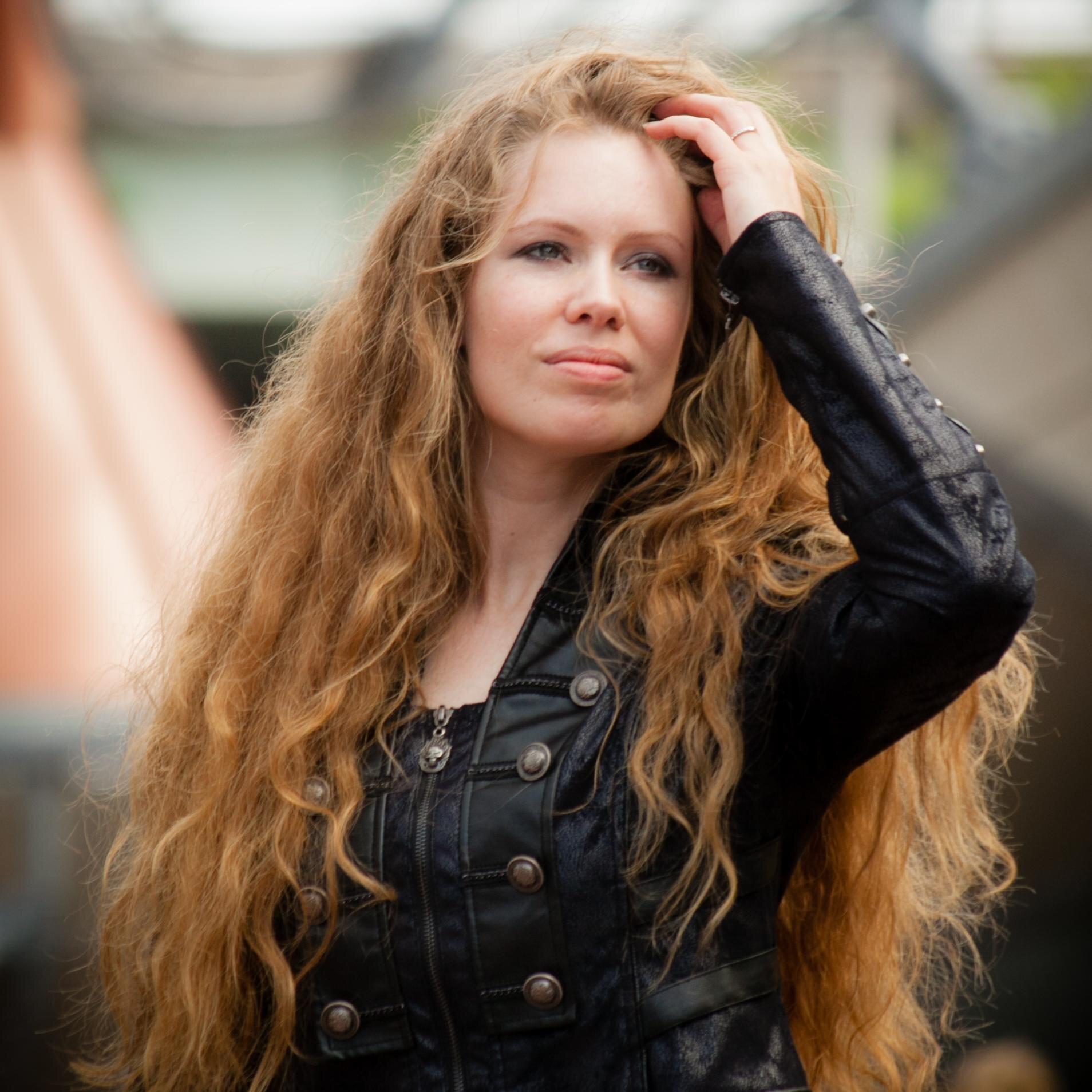 Laura VAB
