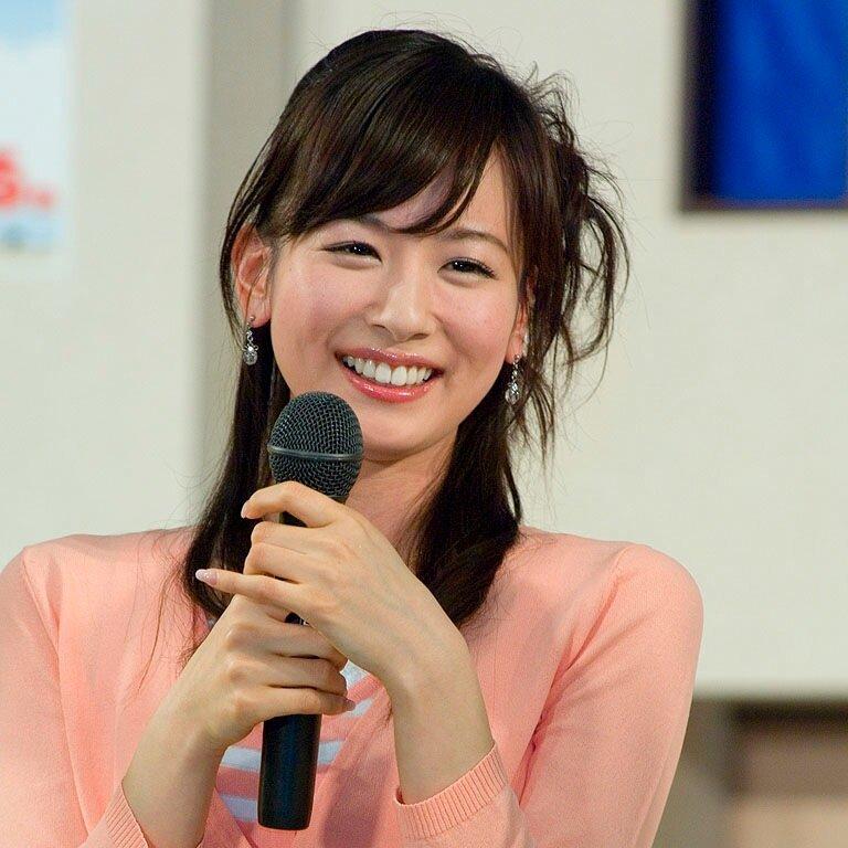 優しい表情の皆藤愛子