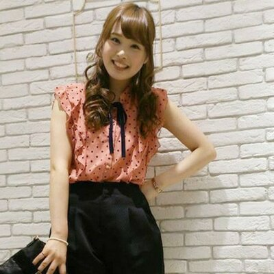 大人かわいいコーデ @otonakawai_bot