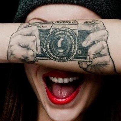 Tatuajes De Moda On Twitter Búho De Ojos Saltones En La Espalda