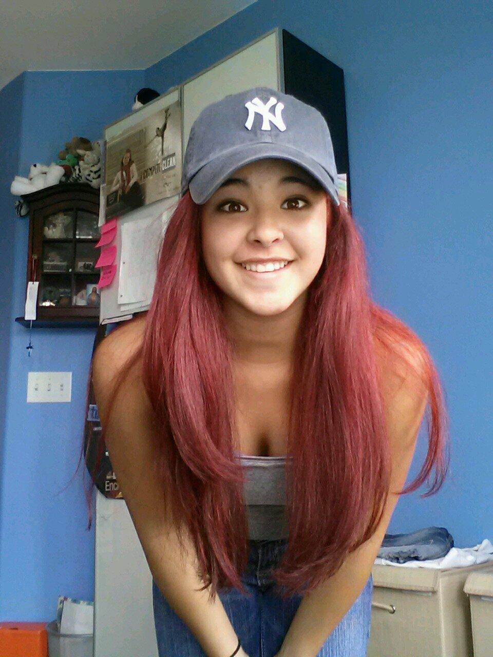 Bree Daniels Short Red Hair