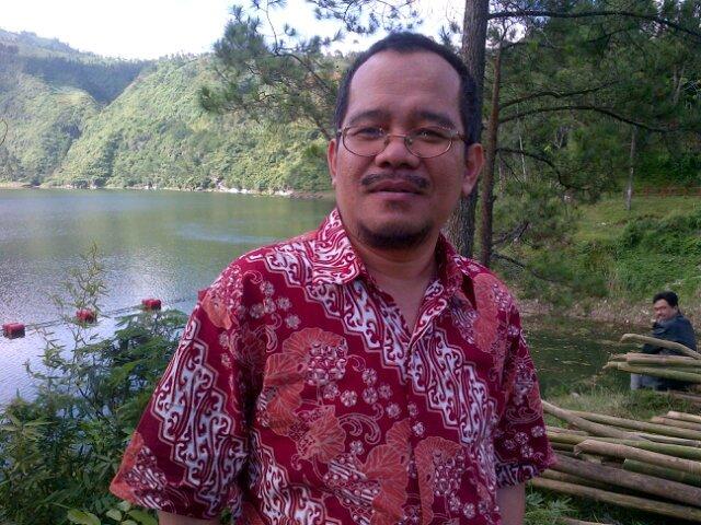 Mahmud F Rakasima