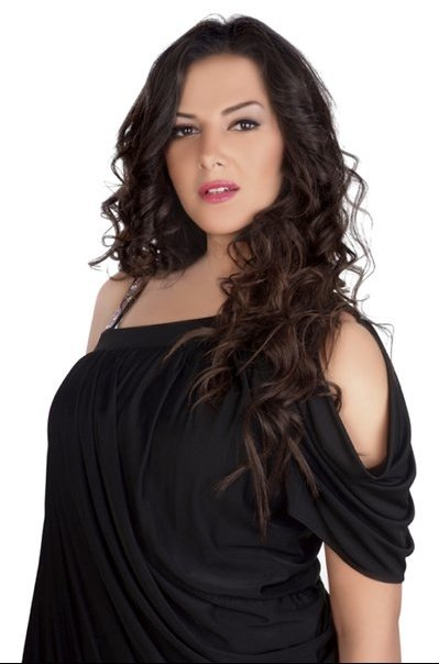 Donia Samir Ghanem Egyptian Actress and Singer most hottest and sexiest stills