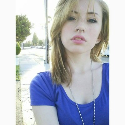 Emily Saint Pic
