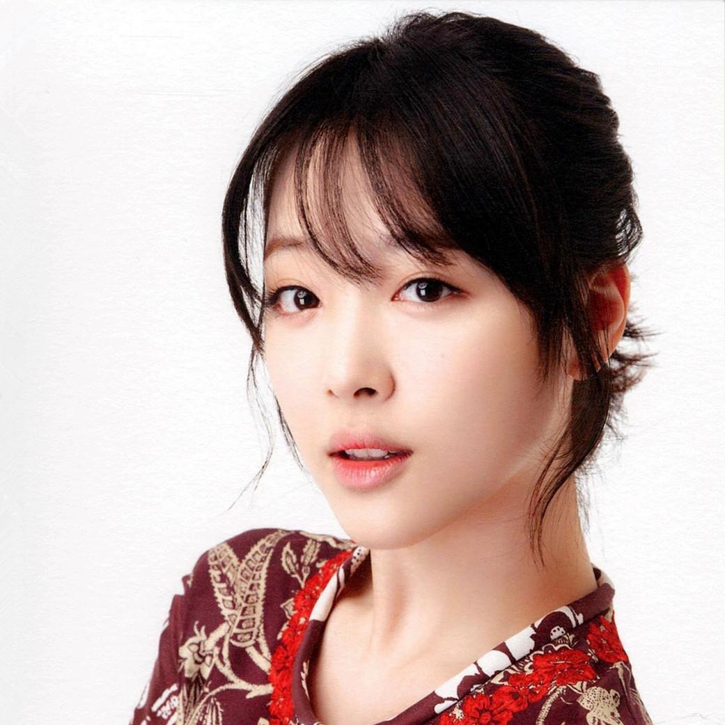 Sulli Choi Nude Photos 27