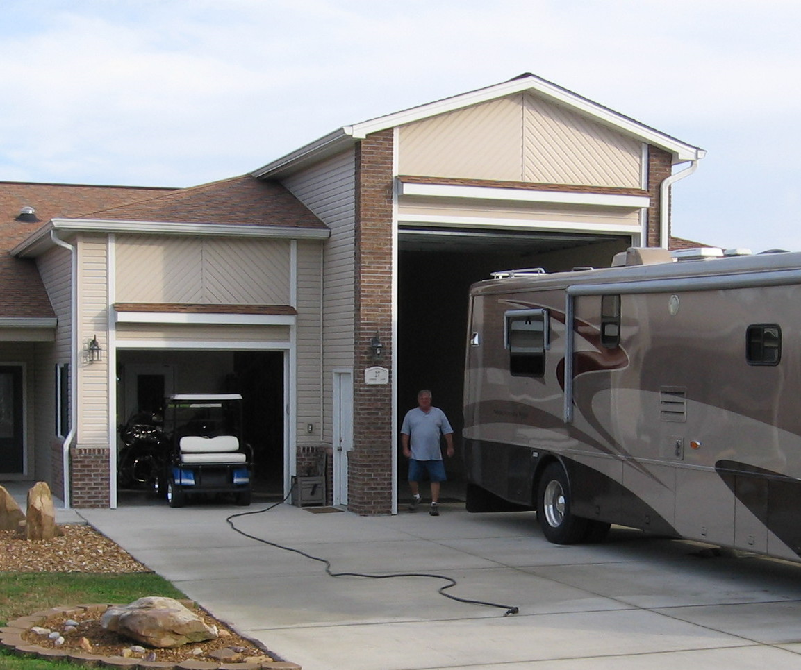 25 popular camper trailer with garage for Rv garage