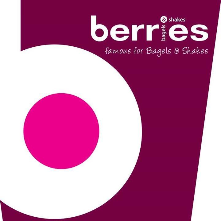 Berries bagels on twitter happy friday everyone treat yourself berries bagels solutioingenieria Choice Image