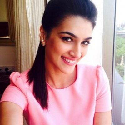 jkjD0th3_400x400 Kriti Sanon Hairstyles - 20 Best Hairstyles of Kriti Sanon