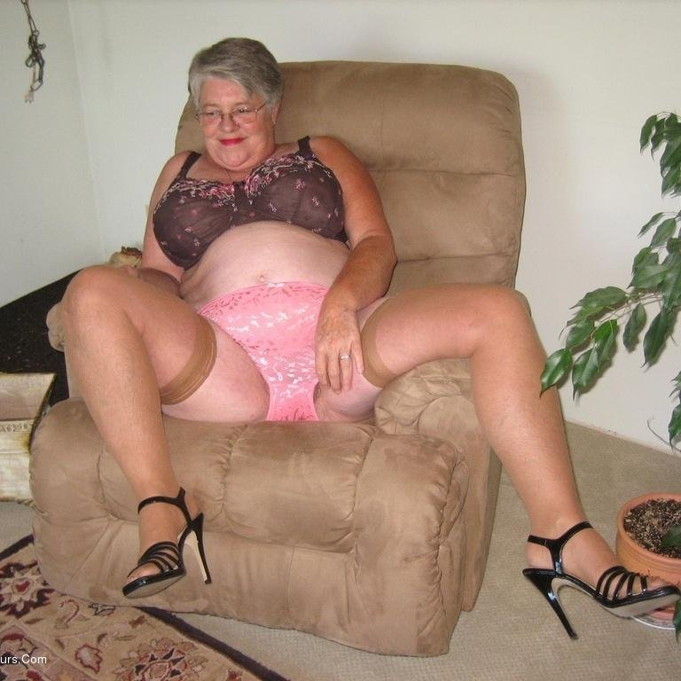Pantyhose granny mature hairy